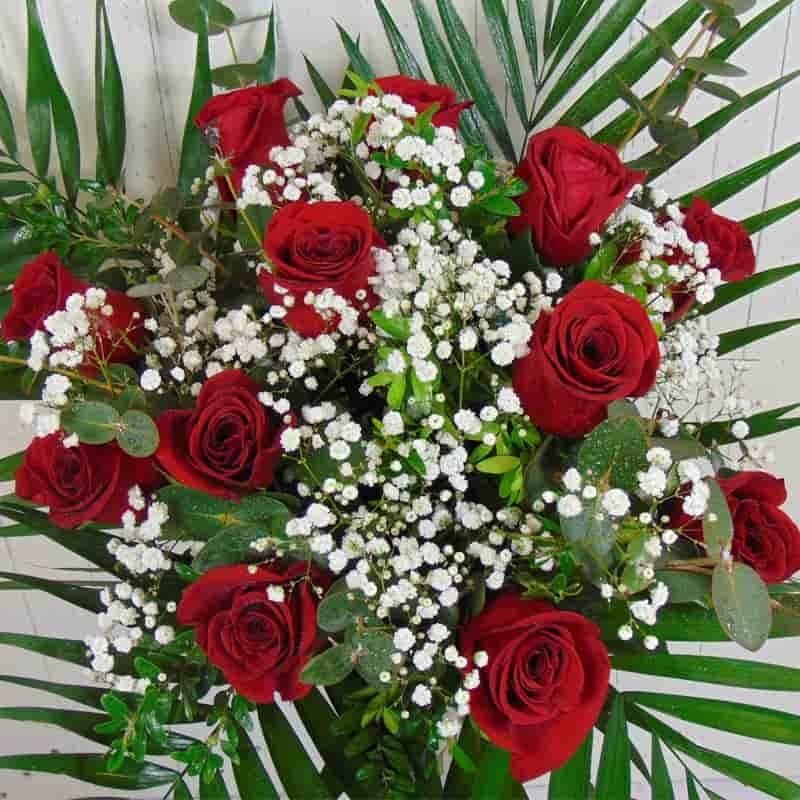 Ramo de 12 rosas rojas - Ramos de flores grandes ...